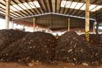 Piles of waste at Resource Management Centre Karadiyana